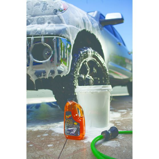 Meguiar's Gold Class Car Wash - 1.89 Litre, , scaau_hi-res