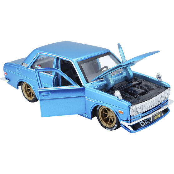 Die Cast 1971 Datsun 510 1:24 Scale Model, , scaau_hi-res
