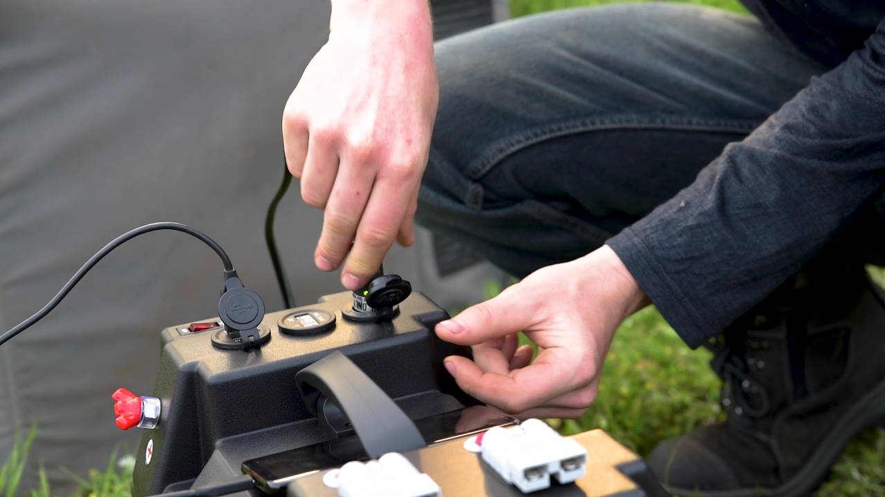 Connecting To a Battery Box